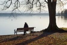 בדידות - מרגישה לבד בעולם